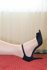 IMG_3984.jpg (pantyhosestrumpfhose) Tags: pantyhose strumpfhose nylony tights collant collants nylonfeet nylonlegs pantyhosefeet pantyhoselegs shoe schuhe feet legs beine toe strümpfe