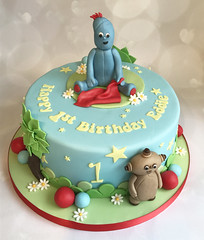 Night Garden Iggle Piggle Cake