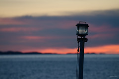 Heading to Brønnøysund (Joko-Facile) Tags: clouds himmel hurtigruten lamp lampe mslofoten nordland norway norwegen red rot unscharf unsharp wasser water wolken sea sky winter no