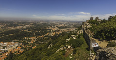 Castelo dos Mouros, Sintra, Portugal (Phil Maddison) Tags: castelo dos mouros castle of the moors sintra portugal landscape photography lisbon 2017 portugese canon eos 40d efs1022mm beautiful panoramic beauty