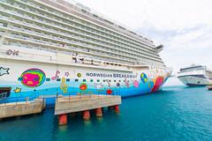 _MG_7461 (therealflyg) Tags: bermuda norwegianbreakaway norwegiancruiseline ncl celebritysummit celebritycruises