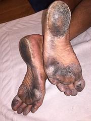 After city running (danragh) Tags: piediscalzidicittà soles barefootcity corsa scalza barefoot sporchi