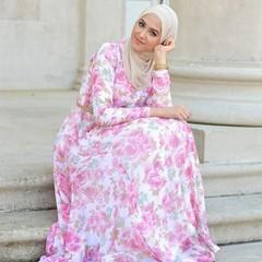 طبعات الورود تزيين تصاميم المحجبات لموسم ربيع 2017 (Arab.Lady) Tags: طبعات الورود تزيين تصاميم المحجبات لموسم ربيع 2017