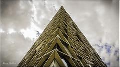 Diamond (Alireza Sheikhan) Tags: diamond diagonal sky building pyramid canon 700d sheffield university
