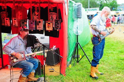 Chickenbone John Guitars - Glastonbury 2017
