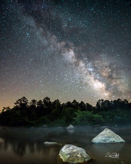 The moon and stars aligned in my world last night giving me the opportunity to get out and photograph the Milkyway for the first time this year. It feels like it has been forever since I saw it. The weather was perfect, unbelievable in fact, for Missouri
