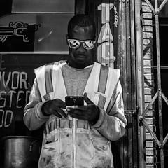 Ouvrier! (guillaumegesret) Tags: sanfrancisco man world work human humaniste documentary street streetview streetphotogrpahie streetphotographer structure streetart scène station style streetphotography monochrome moment black blanc blackandwhite blackwhite canon city