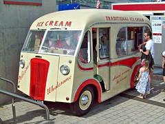 958 Morris Commercial PV Ice Cream Van (1949) (robertknight16) Tags: morris british 1940s morriscommercial pv icecream van silverstone ysj410