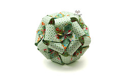Pompadour (Akizhi) Tags: origami kusudama modular paper art folding craft