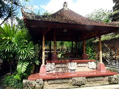 ubud_023 (OurTravelPics.com) Tags: ubud pavilion puri saren agung palace