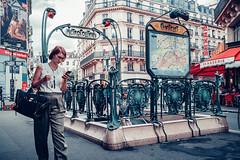 Châtelet Paris (Carlos Pinho Photography) Tags: street streetphotography paris métro métroparisien metropolitain parís canon canonfrance