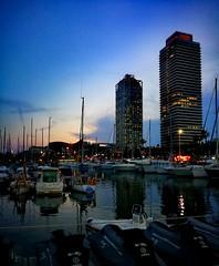 Barcelona...the night.🌃 (carlesbaeza) Tags: barcelona catalunya catalonia nit night noche light luz love travel