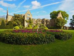 P5102496 (simonrwilkinson) Tags: nymans nationaltrust haywardsheath westsussex handcross gardenplant garden building exterior tulips landscape