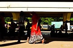 Lose No Time (RupKotharChobi(www.rupkotharchobi.com)) Tags: station hurry up busy catch train