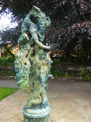 Greg Wyatt, The Winter's Tale (jacquemart) Tags: shakespeare shakespearebirthplacetrust garden sculpture bronze greg wyattthe winters tale newplace
