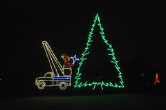03 Bucket Truck (megatti) Tags: buckscounty christmas christmaslights christmastree pa pennsylvania shadybrookfarm tree yardley
