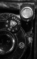 DSCF1805 (bc-schulte) Tags: xt20 fujinon 1650mm polaroid nahlinse 10 laack rathenow retro kamera macro analog objektiv