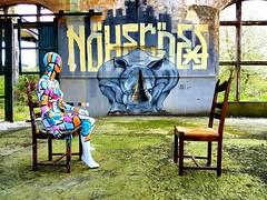 """Quand T'es Loin"" YouTube: https://youtu.be/JE63S7Qq5dI Soundcloud: http://bit.ly/2rwyGPQ #painting #benheinemusic #benheineart #quandtesloin #peinture #abstract #love #amour #electropop #music #song #chanson #musique #guitar #drums #guitare #clip #musicc (Ben Heine) Tags: benheinephotography photography composition light smartphone nature landscape beauty beautiful photo photographie art ifttt instagram benheine horizon benheineart"
