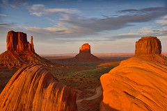 Last Light Mittens (David Shield Photography) Tags: mittens monumentvalley arizona southwest navajonation landscape tribalpark sunset color light nikon explore explored