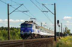 EP07-1062 (Łukasz Draheim) Tags: polska poland pociąg pkp kolej nikon d5200 bydgoszcz landscapes landscape train transport railway railroad rail scenerie scenery