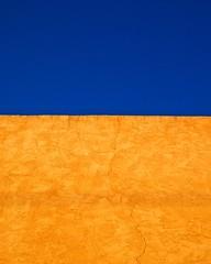 Quintessential Santa Fe (suenosdeuomi) Tags: olympuspenepm1 olympus santafe newmexico landofenchantment sky blue minimalism mini light