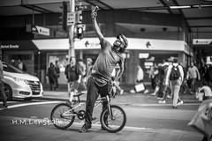 MONO0450 (h.m.lenstalk) Tags: monochrome m typ 246 noctilux 50mm f095 oz aussie australia australian street sydney noctiluxm 50 095 black white people urban life city 109550 asph leica