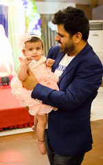DSC_8706 (Puneet_Dembla) Tags: dembla puneet birthday party family getogether event social baby first celebration girl cake