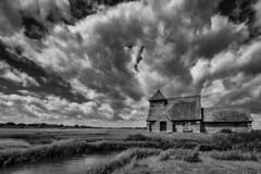 Drama  in the clouds (James Waghorn) Tags: sigma1020f456 spring d7100 church water blackandwhite romneymarsh stthomasàbecketchurch kent silverefexpro2 clouds england