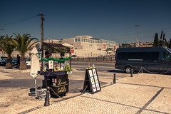 Mojito Time (Gilderic Photography) Tags: belem lisbonne lisbon portugal lisboa street man hot mojito city canon 500d gilderic
