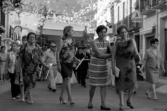 La tribu (Pilonga) Tags: tribu corpus procesó gent leonor pilar segunda conxa faustina rosario maribel agustin adelma 179