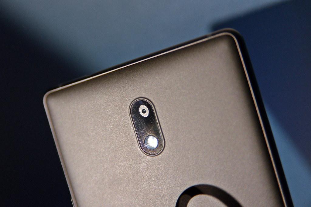 Nokia-15