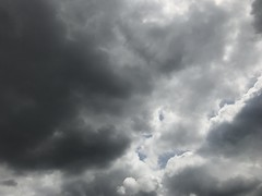June 30, 2017 at 11:52AM (Mr T UK) Tags: ios photos cloud clouds sky outdoor blue white grey dark light sun sunshine cloudy clear overcast iphoneography mobile 365days 365day project365 cloud365