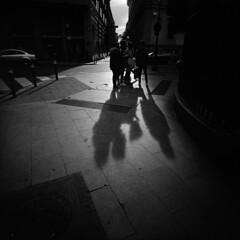 * (doistrakh) Tags: lomo lca120 bw monochrome blackandwhite film spain espana madrid shadow