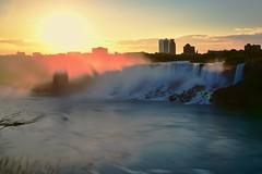 Good morning! Niagara Falls. (leo_li's Photography) Tags: niagarafalls canada ontario chute chutesduniagara chutesniagara 尼亞加拉大瀑布 加拿大 americanfalls morning usa