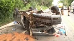 Uma pessoa morre e 5 ficam feridas em acidente envolvendo três carros na BR-381 em Governador Valadares (portalminas) Tags: uma pessoa morre e 5 ficam feridas em acidente envolvendo três carros na br381 governador valadares