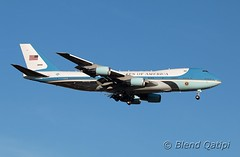 82-8000 - Air Force One (dcspotter) Tags: 828000 airforceone governmentaircraft vipaircraft militaryaircraft military transport militarytransport unitedstatesairforce usairforce usaf airforce armedforces boeing 747 747200 747200b b742 742 vc25 vc25a c25 andrewsairforcebase andrewsafb andrewsjointbase kadw adw campsprings maryland md usa unitedstates unitedstatesofamerica planespotting spotting blendqatipi dcspotter airliner passengeraircraft aircraft airline airplane jet jetliner airtransport airtransportation transportation
