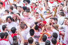 "Javier_M-Sanfermin2017060717013 • <a style=""font-size:0.8em;"" href=""http://www.flickr.com/photos/39020941@N05/35587525892/"" target=""_blank"">View on Flickr</a>"