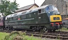 """Class 42 D832 """"ONSLAUGHT"""" at Ramsbottom, ELR Diesel Gala (colin9007) Tags: railway lancashire east diesel gala ramsbottom br swindon hydraulic bb maybach warship class 42 type 4 d832 onslaught"""