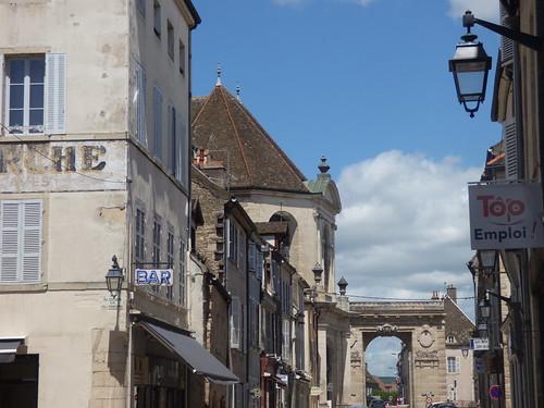 Rue de Lorraine, Beaune - towards Porte Saint-Nicolas