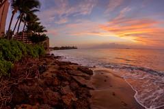 Maui Sunset: Beach in Kahana - January, 2017 (rowanb73) Tags: hawaii maui kahana beach ocean sunset palmtree rocks footprints