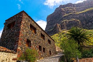 Arquitectura rural Canaria en Masca. (Canarian rural architecture in Masca).