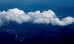 Cielo...terra...mare...nuvole (dona(bluesea)) Tags: sky nuvole clouds terra land mare sea aereo plane