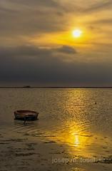 racons del delta 7 (Josep M.Toset) Tags: aigua barca baix·ebre catalunya d7100 josepmtoset matinada mar marina mediterrani núvols nikon paisatges pesca sol sortidadesol lucroit hitech