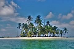 Guna Yala (Travicted Photography) Tags: travel centralamerica centroamerica panama gunayala kunayala sanblas island isla beach playa sea mar