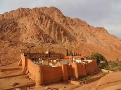 Saint_Catherine_Sinai (ruben25x12) Tags: sinai mtsinai mount monte egypt egipto santcatherine santacatalina zarza mandamientos kotor montenegro dubrovnik fiordo