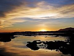 Puesta de sol (Antonio Chacon) Tags: andalucia atardecer marbella málaga mar mediterráneo costadelsol cielo españa spain sunset sol puestadesol paisaje nubes nature naturaleza