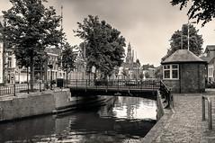 Visserbrug   Groningen (frata60) Tags: nikon tokina 1224mm groningen groothoek wideangle hdr highdynamicrange akerk reitdiep stad noorderhaven noordnederland visserbrug bridge brug bruggen netherlands nederland landscape landschap cityscape city