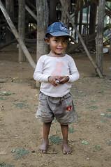 Khmer Children - Photo #43 (doug-craig) Tags: cambodia cambodia20170131dng asia kampongphluk siemreap tonlesap travel children culture stock nikon d7000 journalism photojournalism dougcraigphotography