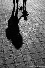 Mum (deniscalise) Tags: 5d beautiful best canon child children citylife citypulse espagnebarcelone europe flickr france image llenses life live photo picture rue shadow streetart streetlife streetsoul tourisme towncenter townlife travel art barcelona beau canoneos5dmarkii centreville city citée decouverte deniscalisecopyright discover emotion eos expression httpswwwflickrcomphotosdeniscalise lifescene markii modernlife photographie pics qualité reflex science scènes shoot streetpeople streetscene town travelling urbain urban urbanlife viemoderne ville visite voyage