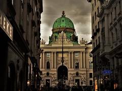 Michaelertor in Wien (kopiecmarcin) Tags: vienna wien miechaelertor hofburg austria olympus omd10mark2 travel europe
